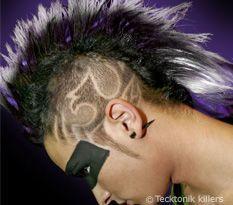 Coupe de cheveux de jeremie crane rase assorti de desins for Coupe de cheveux tribal etoile